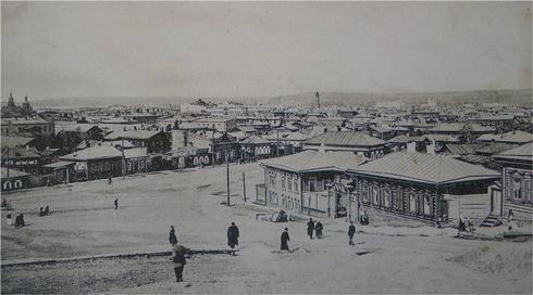 Новая застройка Иркутска после пожара 1879 г. Вид города Иркутска. 1914 г.