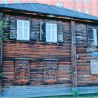 Приключения домика Ленина