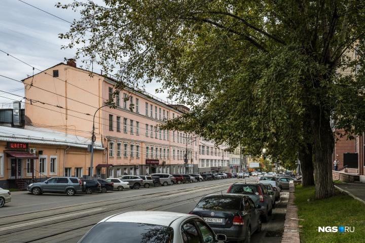 Здание «Синара» отлично бы подошло для создания культурного центра — осталось только дождаться реновации по примеру Москвы и её бюджетов