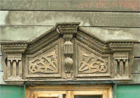 Иркутский декор сдержит совершенно необъяснимые формы, которые еще ждут своего исследователя